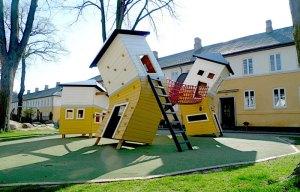 הבית השתגע. גינת משחקים בתכנון מונסטרום